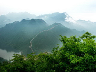 The Great Wall and the lake at Huanghuacheng